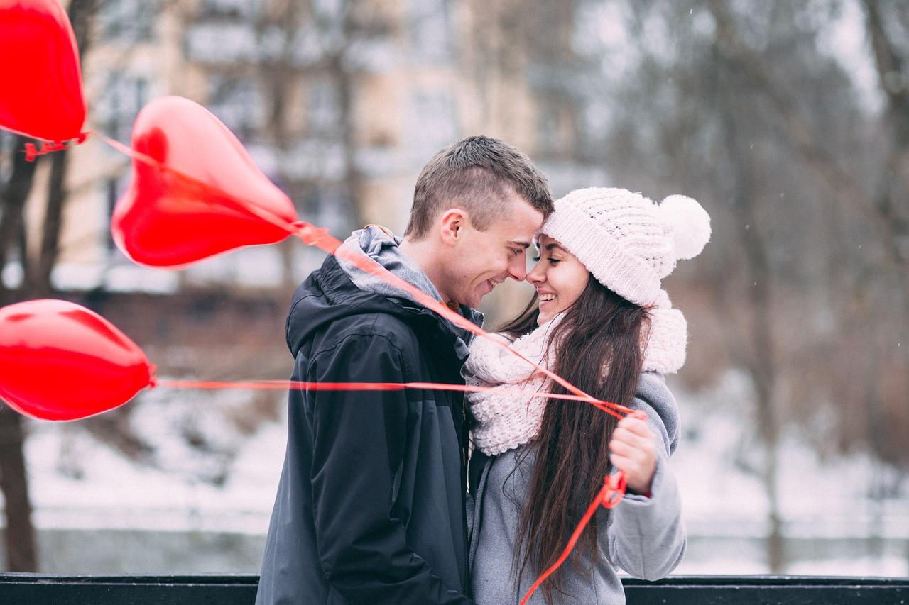 randka zakochanej pary